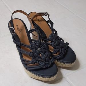 NWOT Mia Girl Wedge